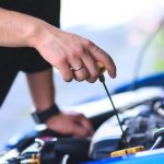 What Kind of Car Service Center is Reliable?